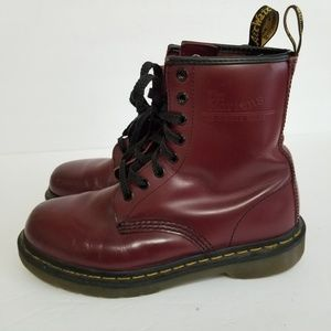 Dr. Martens size 6 leather boots